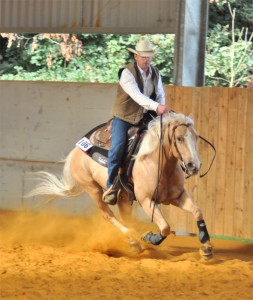 Micheal And A Winnin Tradition At The British Reining Spring Show 2012